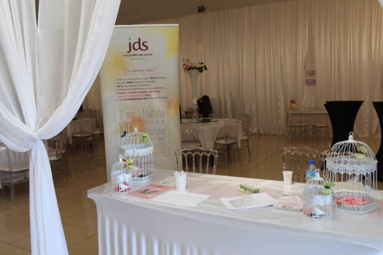 Table d'accueil - concours de Coran